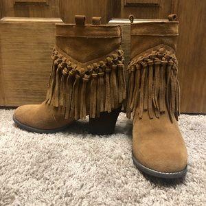 Sbicca fringe booties